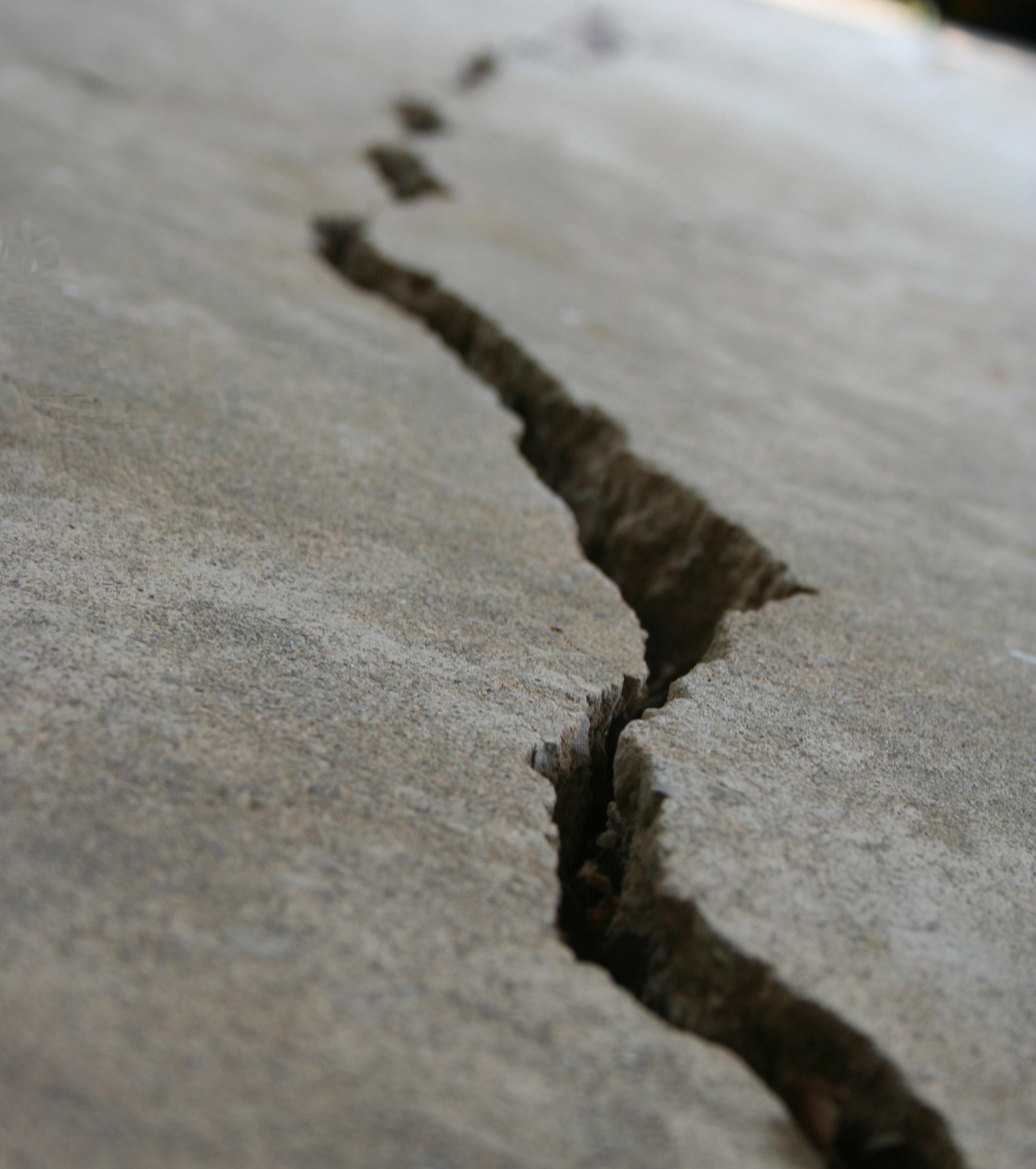 Settling Foundation Crack King Foundation Repair